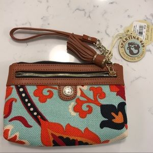New With Tags clutch!